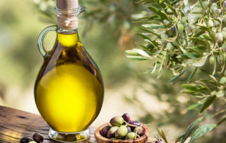 a balanced diet includes olive oil
