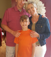 Suzanne Taylor health & wellness coach with family