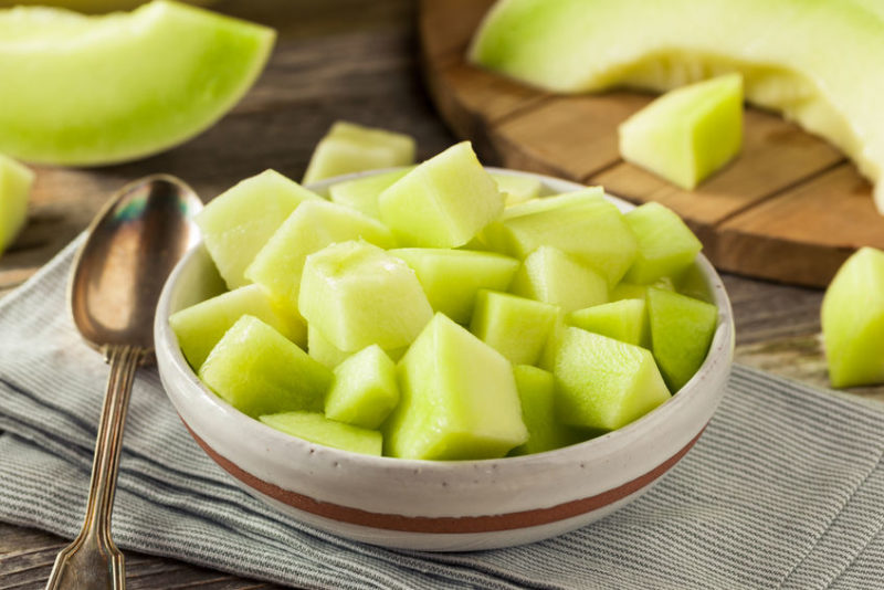 holistic nutritionists recommend fruits