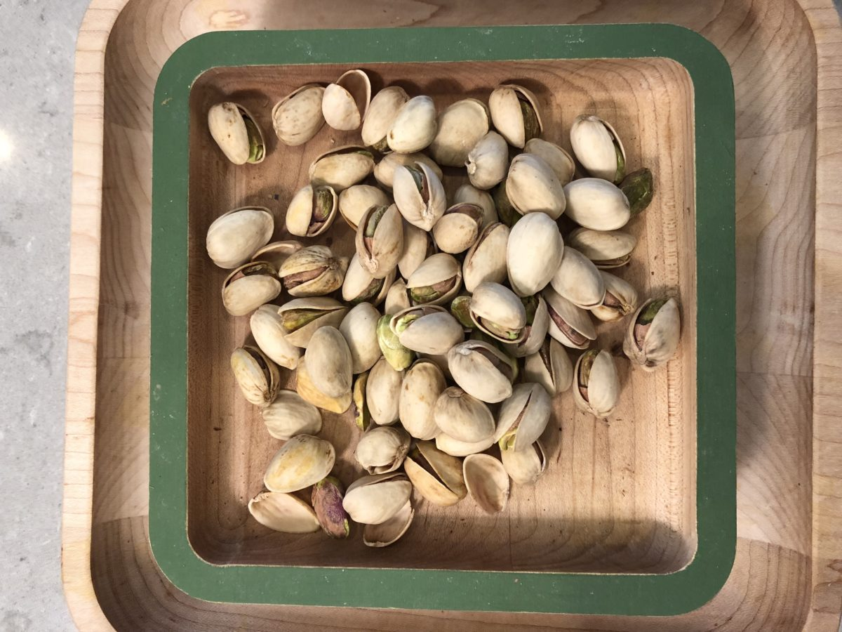 weight loss meal plans include pistachios