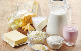 nutritionists recommend full-fat dairy